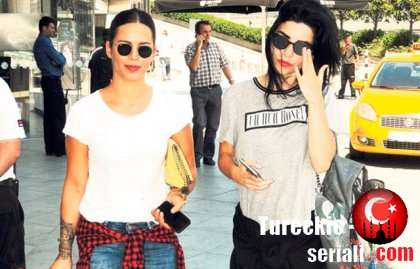Две турецкие актрисы оказались сплетницами