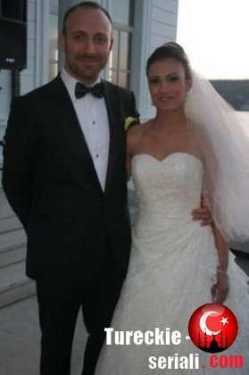 Халит Эргенч хочет позвать жену в свой сериал
