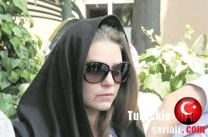 Семья Аслы Энвер понесла большую утрату.